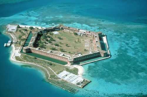 Форт-Джефферсон во Флориде (возле Ки Вест)