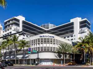 Отель The Ritz-Carlton South Beach 5*
